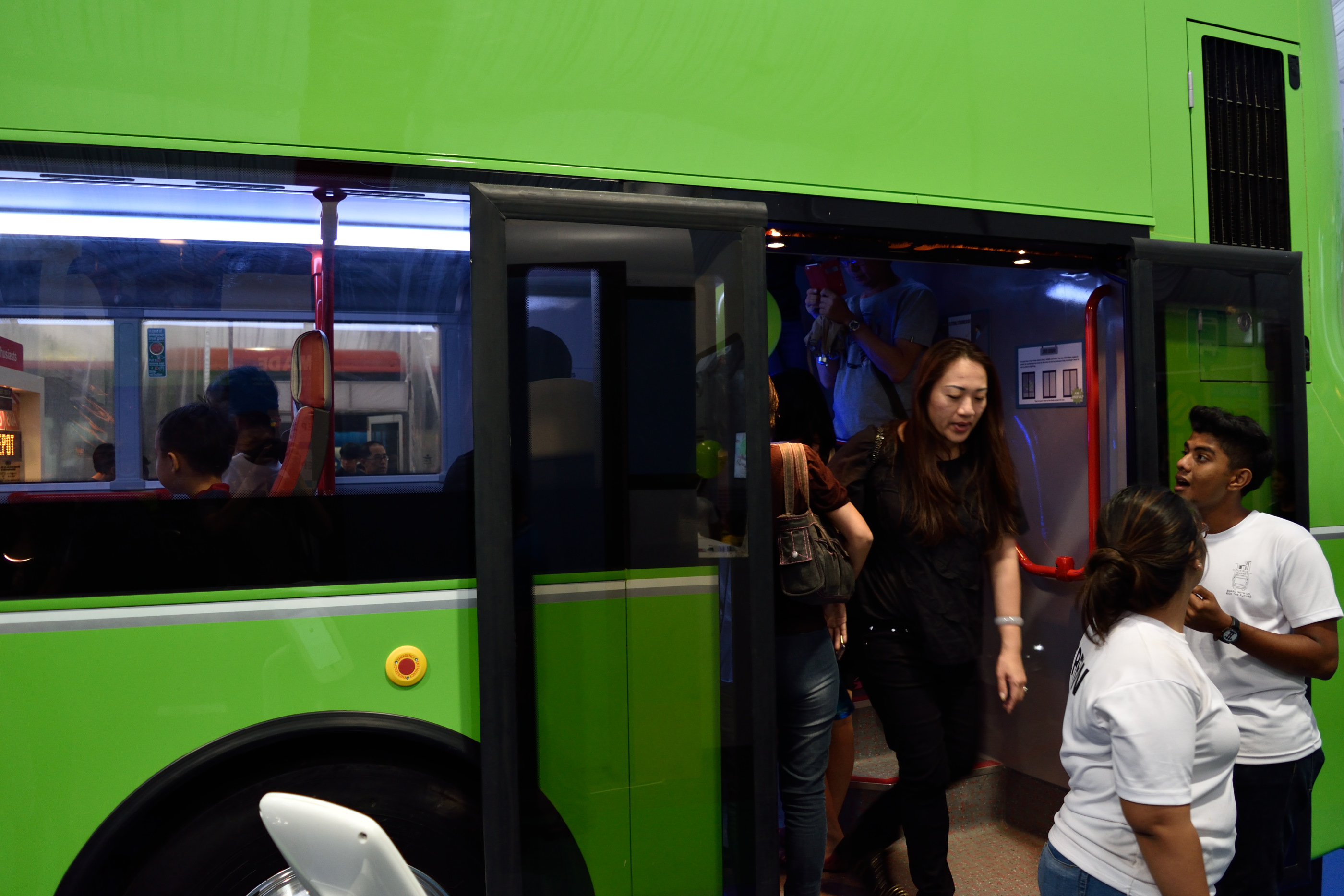 The rear third door design of Bus A