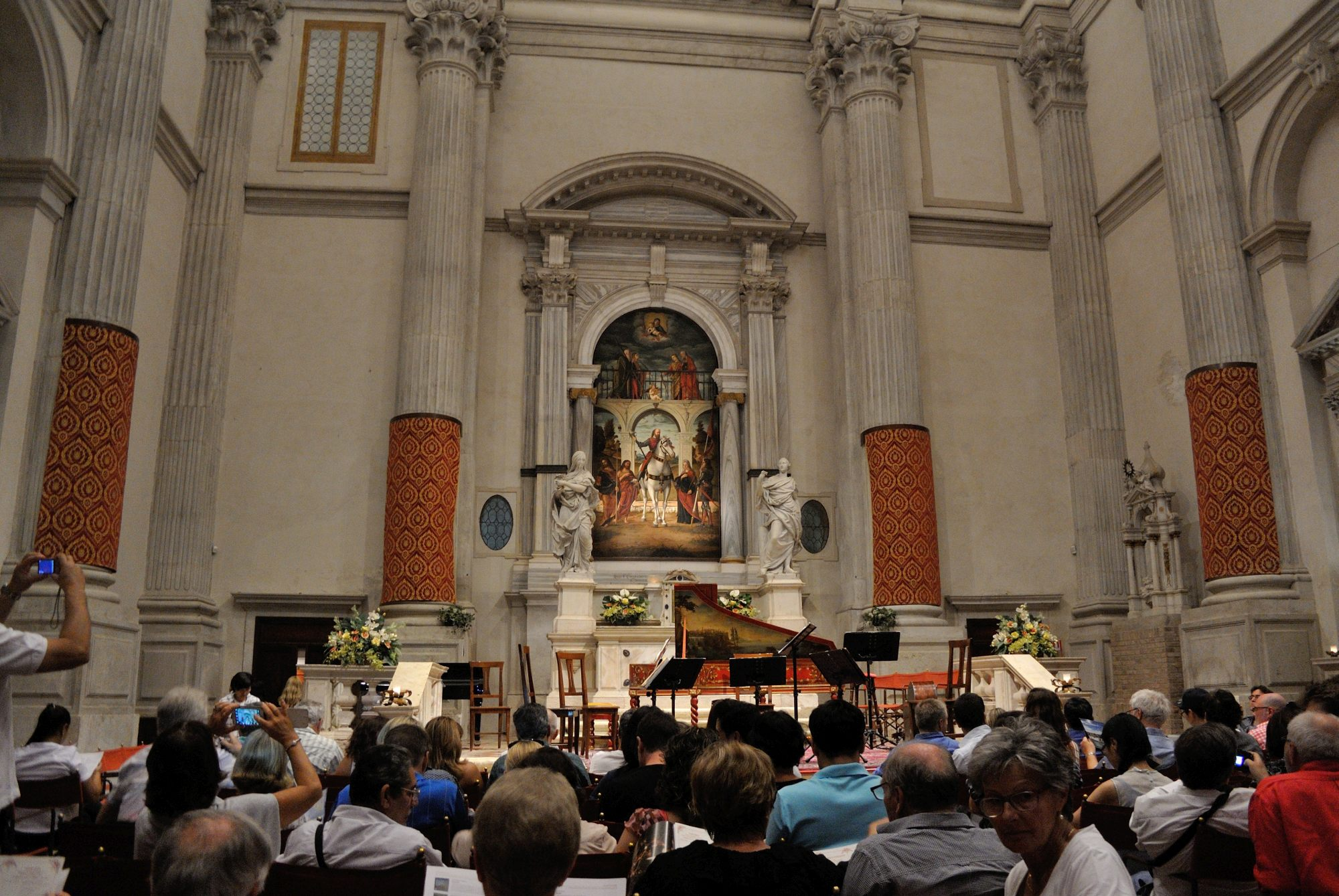 The interior of San Vidal.